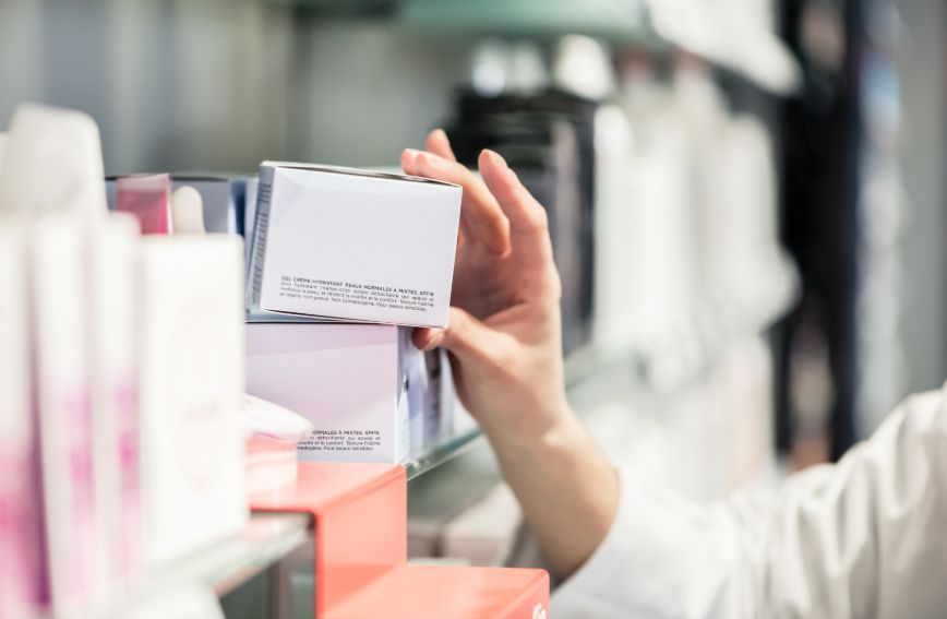 cosmetics packaging service
